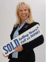 Real Estate Agent Carol Tomayko