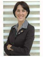 Real Estate Agent Teresa Garcia